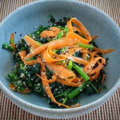 Spinach, quinoa and tahini salad