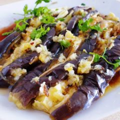 Chinese style eggplant and garlic dressing