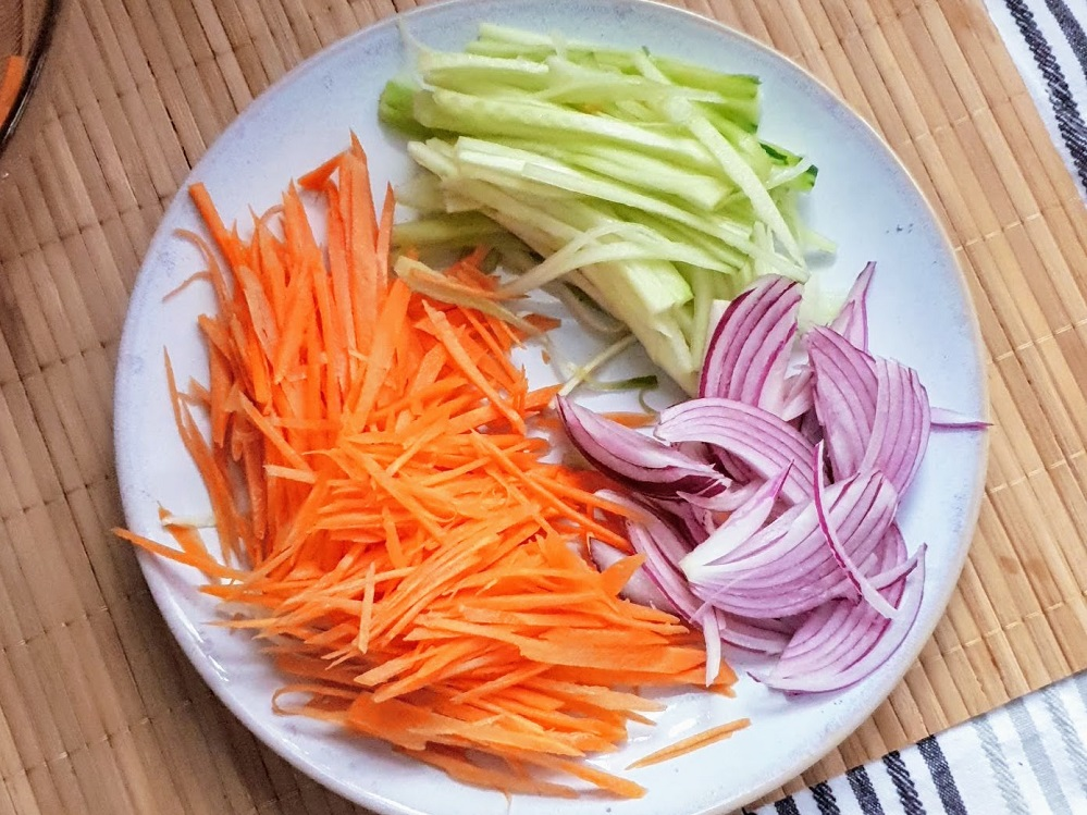 red onion, carrot and cucumber salad