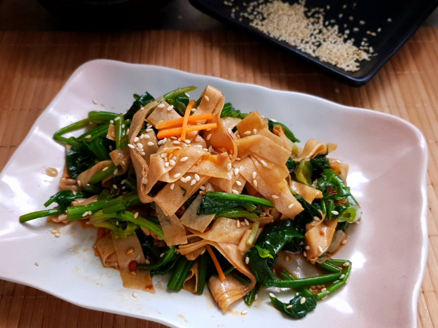 Spinach and Tofu skin salad
